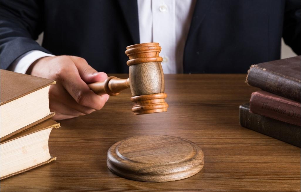 房地产纠纷律师咨询费是多少 房产纠纷怎么处理比较好