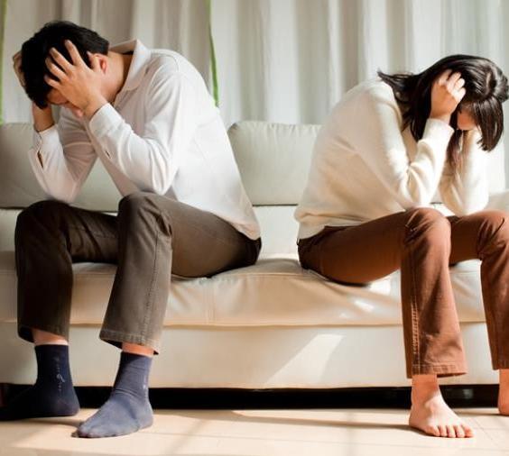 离婚时候找律师写离婚协议书好不好?下面文章告诉你答案