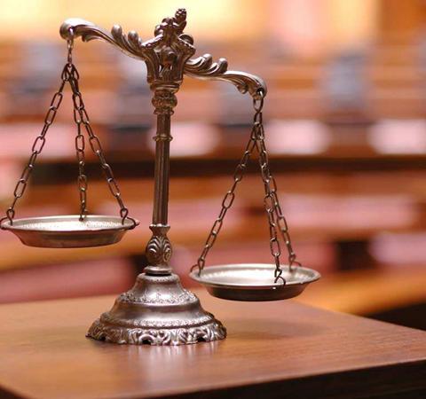刑事诉讼专业律师怎么找