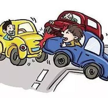 交通事故起诉要请律师不?交通事故大概可以赔多少钱?